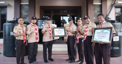 Donatur Pertama, Kwarda Jatim Salurkan Bantuan ke NTT